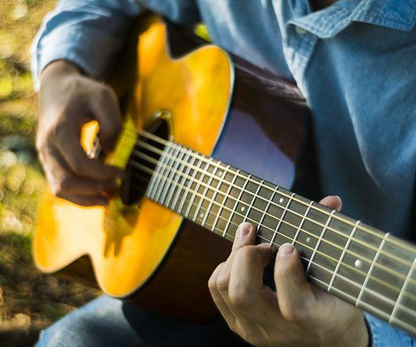 Yamaha CSF3M Compact Folk Series Acoustic with Passive Piezo