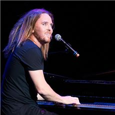 Tim Minchin Yamaha
