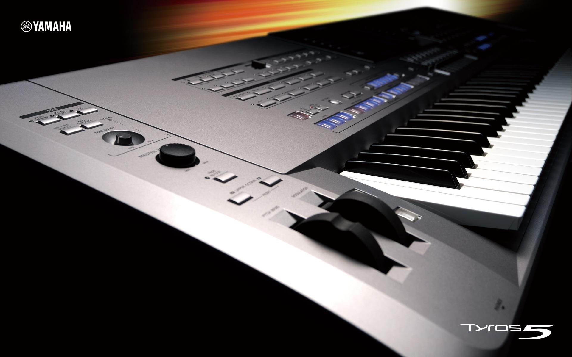 Yamaha keyboard tyros 5 price